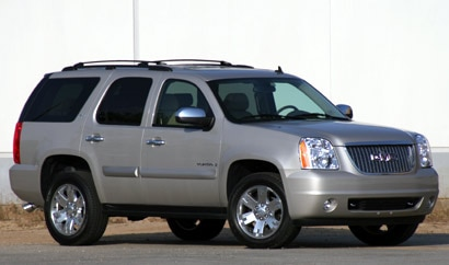 A three-quarter front view of a gray 2008 GMC Yukon 4WD