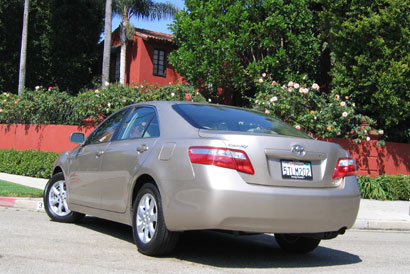 A three-quarter rear view of a 2007 Toyota Camry LE 4-Cylinder