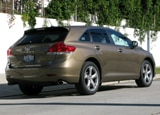 A three-quarter rear view of a 2009 Toyota Venza