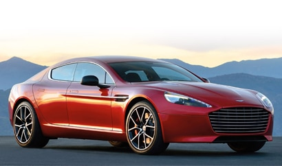 A three-quarter front view of the 2014 Aston Martin Rapide S