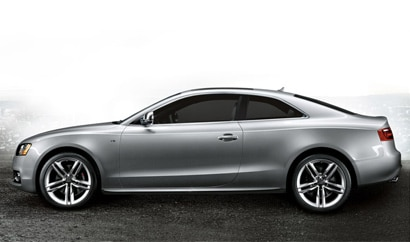 A side view of a 2012 Audi S5 Coupe