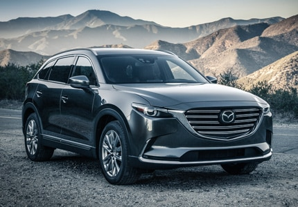 A three-quarter front view of the 2016 Mazda CX-9