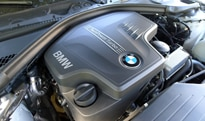 The twin-turbocharged inline 4-cylinder of the BMW 328i