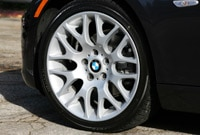 BMW 335i Coupe wheel