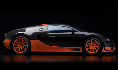A side view of the Bugatti Veyron 16.4 Super Sport
