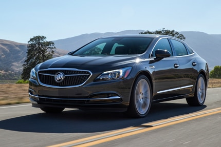 A three-quarter front view of the 2017 Buick LaCrosse