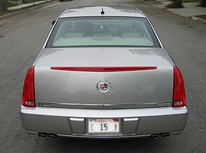 A rear view of a 2006 Cadillac DTS