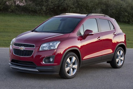 A three-quarter front view of a 2015 Chevrolet Trax