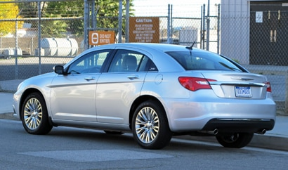 A three-quarter rear view of a 2011 Chrysler 200