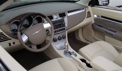 The interior of the Chrysler Sebring Limited Convertible