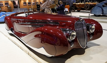 A three-quarter front view of a 1938 Delahaye 165 Cabriolet