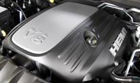 The 5.7-liter V8 HEMI engine of the 2011 Dodge Durango Citadel