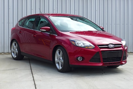 A three-quarter front view of the Ford Focus Titanium