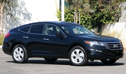 A side view of a 2010 Honda Crosstour