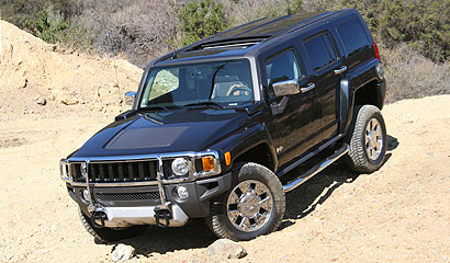 The 2008 Hummer H3x going off-road