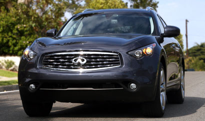 A front view of a 2009 Infiniti FX50 AWD