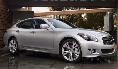 A three-quarter front view of a 2012 Infiniti M56x AWD