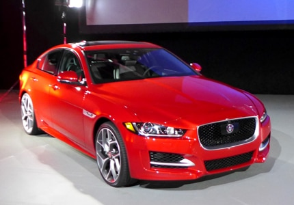 A three-quarter front view of the 2017 Jaguar XE