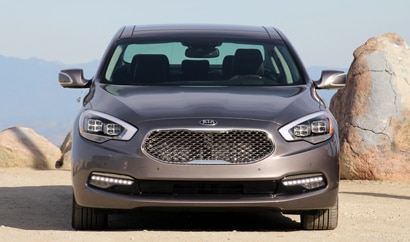 The 2015 Kia K900 Premium, GAYOT's March 2014 Car of the Month