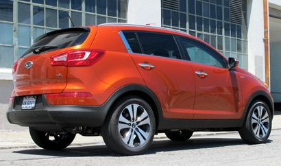 A three-quarter rear view of 2011 Kia Sportage