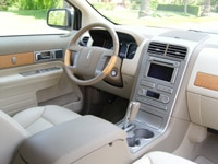 A view of the 2007 Lincoln MKX AWD's interior