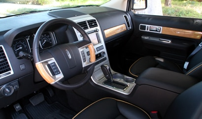 An interior view of the 2009 Lincoln MKX
