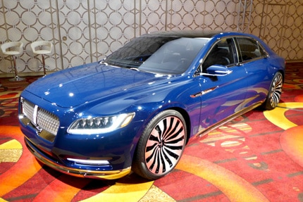 A three-quarter front view of the Lincoln Continental Concept