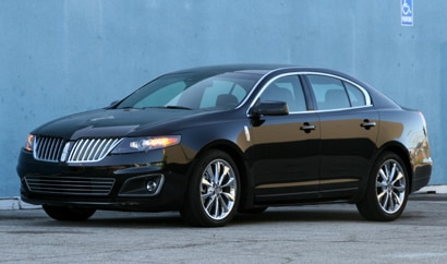 A three-quarter front view of a 2010 Lincoln MKS EcoBoost