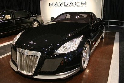 A three-quarter front view of the Maybach Exelero concept car