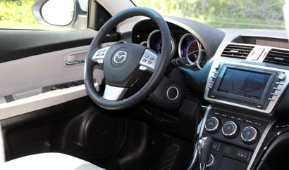 A front interior view of the 2009 Mazda 6 S Grand Touring
