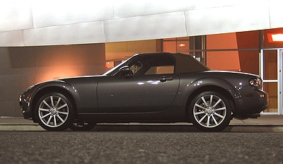 A side view of a 2006 Mazda MX-5 Miata