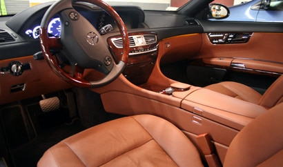 A view of the front interior of the 2008 Mercedes-Benz CL550