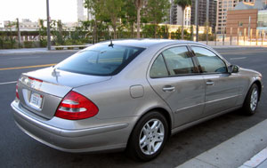 A three-quarter rear view of a 2006 Mercedes-Benz E350