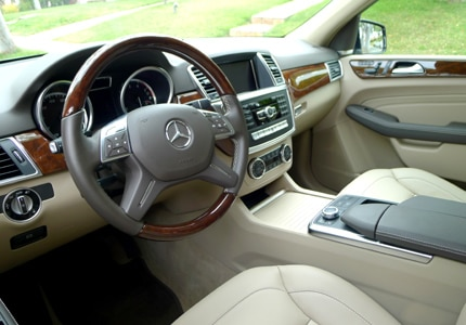 An interior view of the 2012 Mercedes-Benz ML550