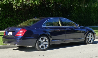 A three-quarter rear view of a 2012 Mercedes-Benz S400 Hybrid