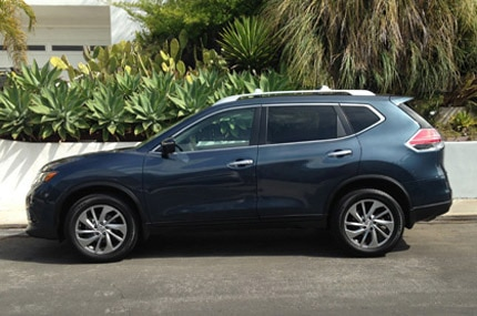 Nissan Rogue side profile