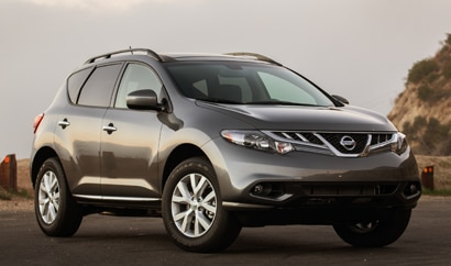 A three-quarter front view of a 2013 Nissan Murano