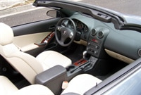 An interior view of the Pontiac G6 GT Convertible