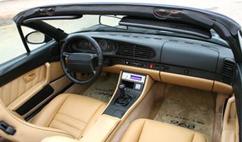 Porsche 968 Interior