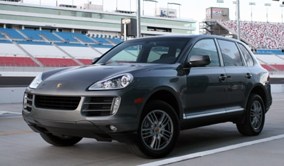 A three-quarter front view of a 2008 Porsche Cayenne S