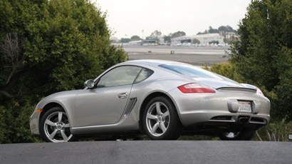 A three-quarter rear view of a 2007 Porsche Cayman