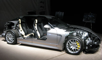 Under-the-body views of the 2010 Porsche Panamera