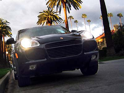 A front view of a 2004 Porsche Cayenne Turbo