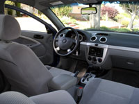 A look at the interior of the 2007 Suzuki Forenza SW