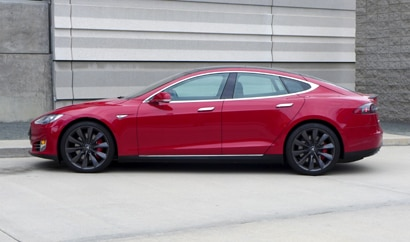 A three-quarter front view of the all-new Tesla Model S P90D with Ludicrous mode