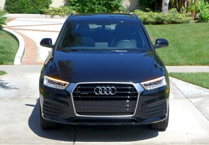 A front view of the 2016 Audi Q3 2.0T quattro Tiptronic