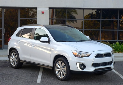 A three-quarter front view of the Mitsubishi Outlander Sport SE 2WD