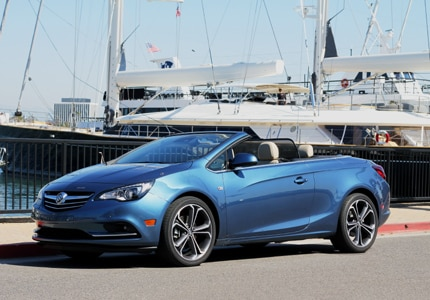 A three-quarter front view of the 2016 Buick Cascada