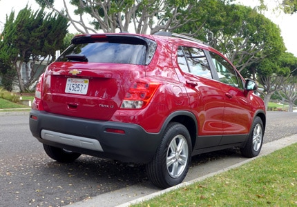 A three-quarter rear view of the 2016 Chevrolet Trax LT FWD