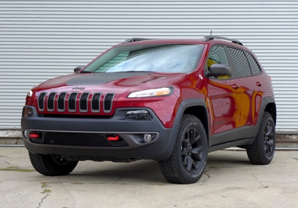 Browse GAYOT's selection of 4-wheel drive vehicles, including the Jeep Cherokee Trailhawk 4x4